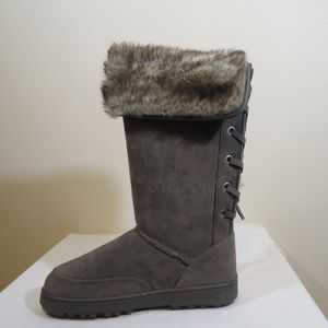 Rampage grey micro suede boots nwt sz 6 1/2